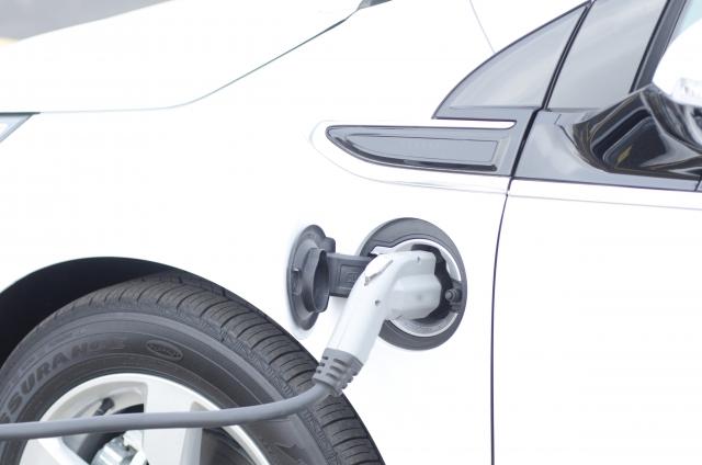 電気自動車 バッテリー